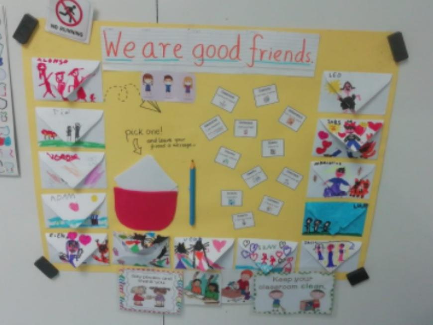 Seguimos con la vuelta al cole en inglés - cartel para que los niños puedan dejarse notas de cariño